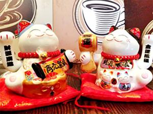 Ý nghĩa của mèo thần tài may mắn Nhật Bản Maneki Neko