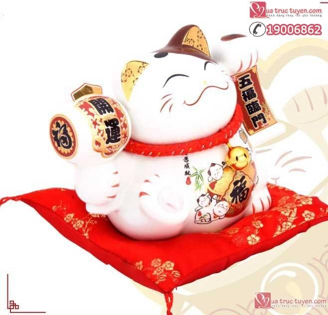 Mèo thần tài Ngũ phúc lâm môn nhìn nghiêng