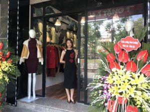 Khai trương cửa hàng quần áo hàng thùng Trang Sing tại 42A Nguyễn Khang